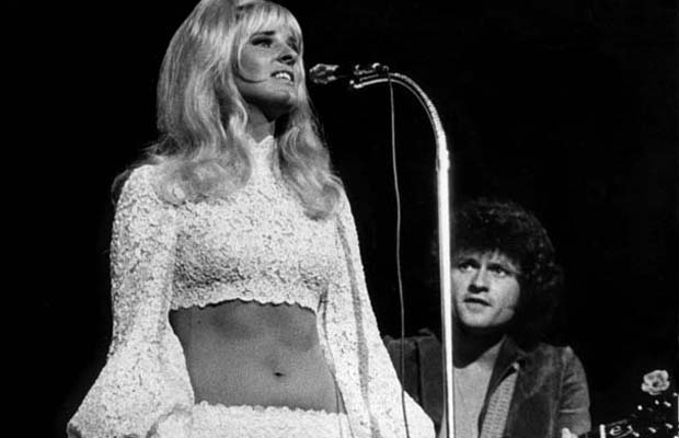 The Poppy Family (Susan and Terry Jacks) performs in August 1972. Photo: George Diack / Vancouver Sun. [PNG Merlin Archive]