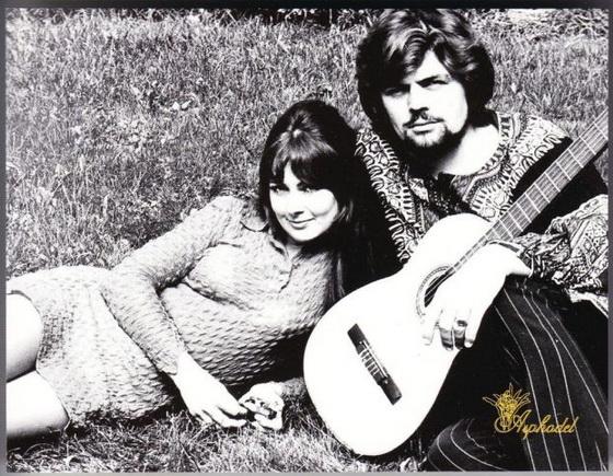 Jacqueline & Lindsay1